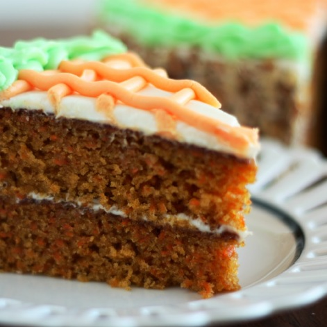 From: bakesntreats.com