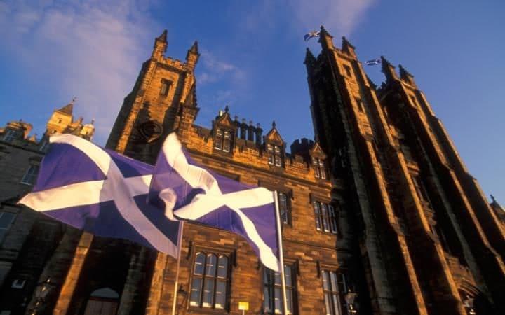 28285067_Edinburgh_university-large_trans_NvBQzQNjv4Bqeo_i_u9APj8RuoebjoAHt0k9u7HhRJvuo-ZLenGRumA