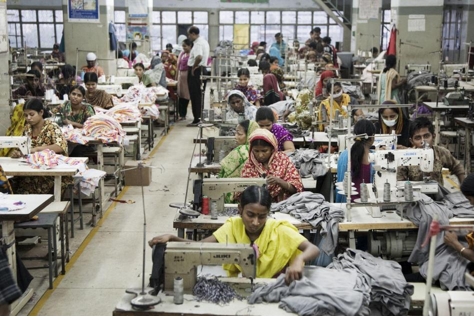 fast-fashion-industry